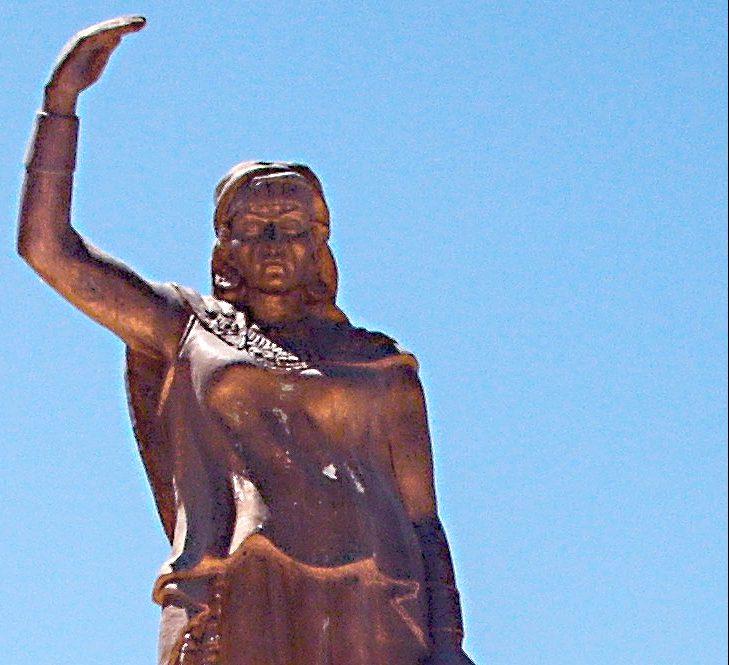 statue_of_dyhia_in_khenchela_algeria