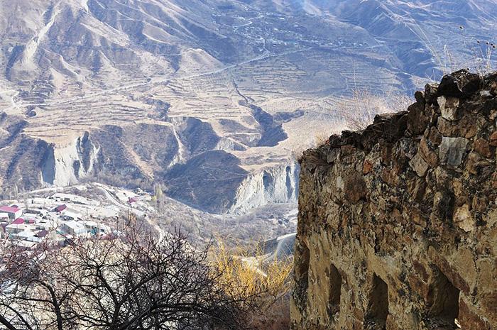 Excavaţii arheologice în Daghestan