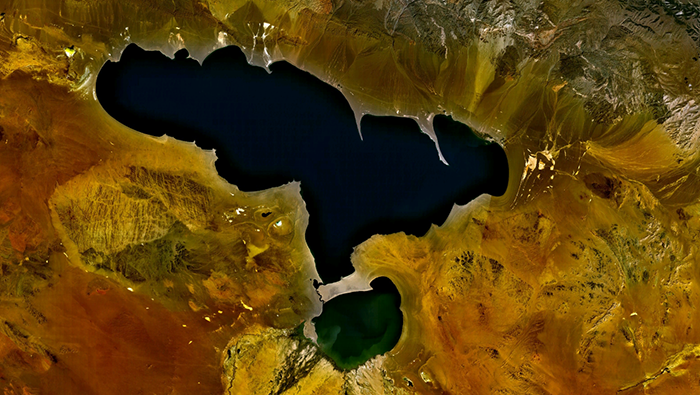 Misteriosul lac mongol Khyargas Nuur