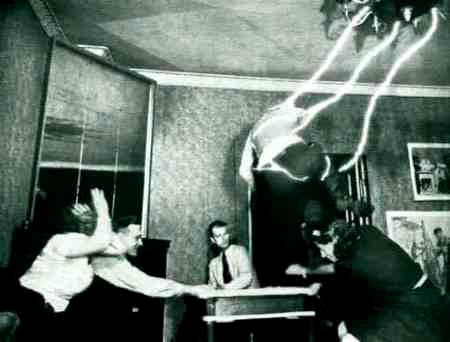 Fenomenele paranormale din Amherst (3)