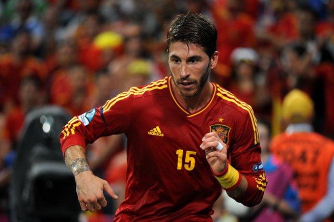 Cele două Manchester au intrat în cursa pentru Sergio Ramos