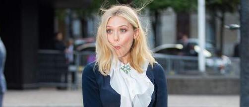 O rafală de vânt a jucat feste vedetei Elizabeth Olsen