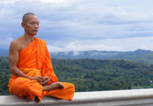 Phra_Ajan_Jerapunyo-Abbot_of_Watkungtaphao.