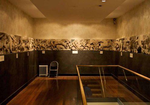 Bassae_Frieze_on_display_at_the_British_Museum_1